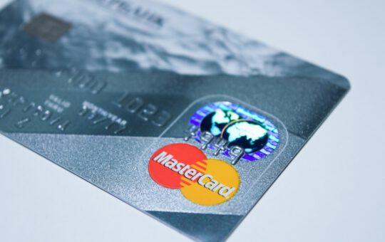 voordelen en nadelen prepaid creditcard
